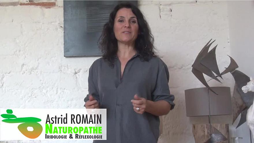 Huiles essentielles : Usages, utilisations  et précautions d'emploi par Astrid Romain, naturopathe